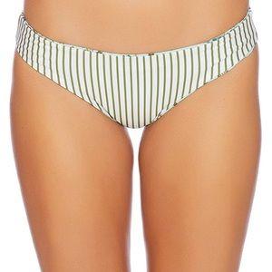 Beautiful NWT Splendid bikini 👙 bottoms! 🏝